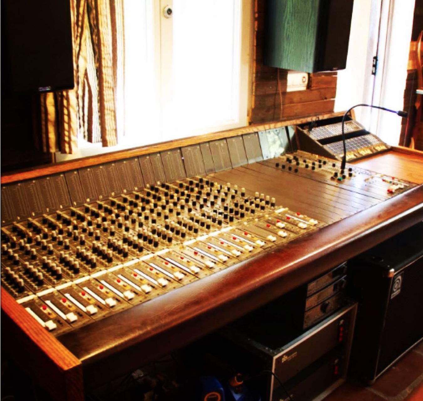 Nueva Consola Sound Workshop Series 40